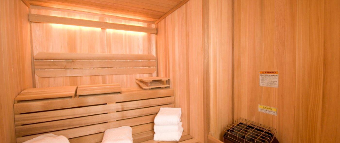 Genieten in de sauna van Tylö